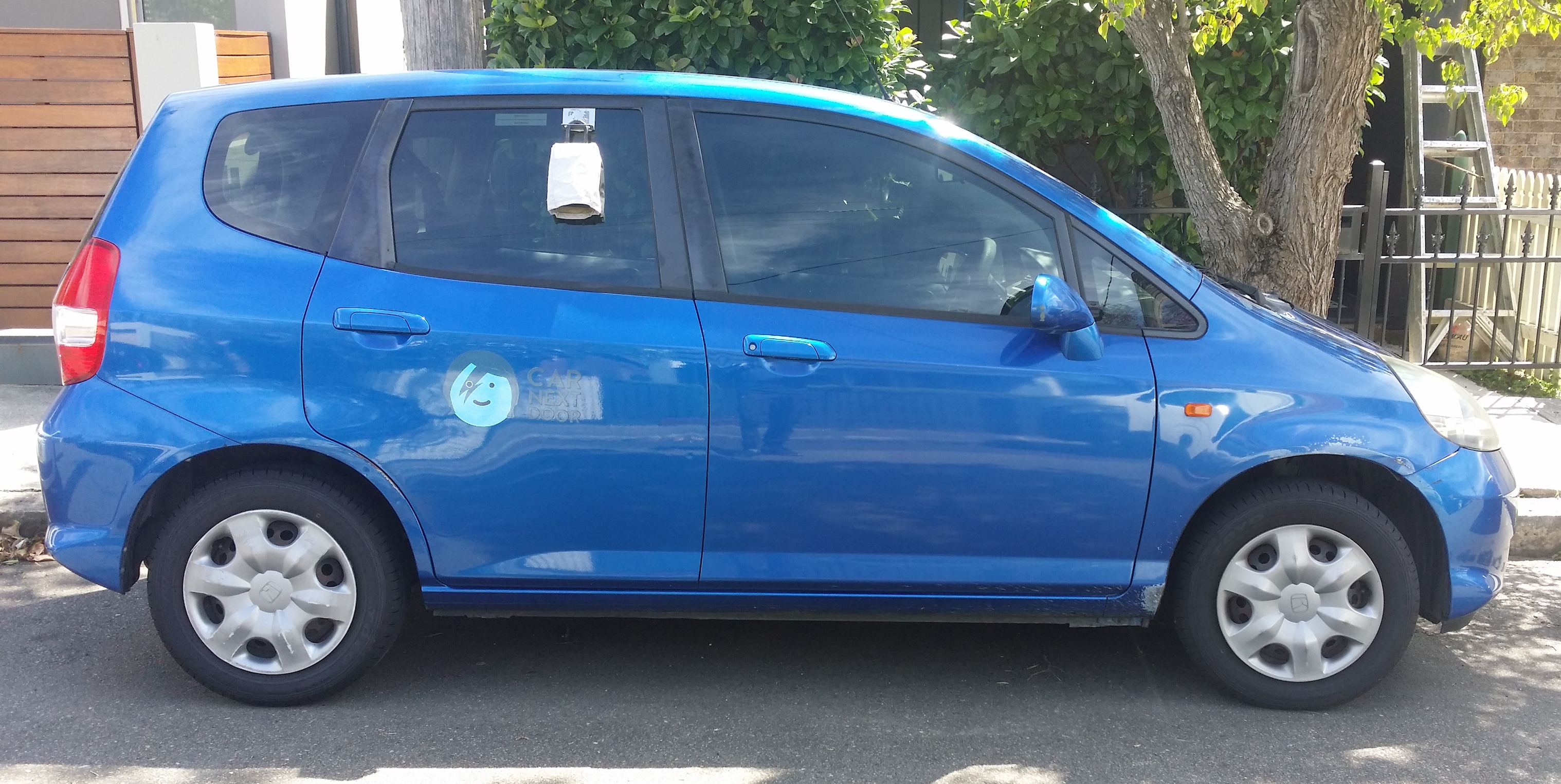 Picture of Susan's 2005 Honda Jazz