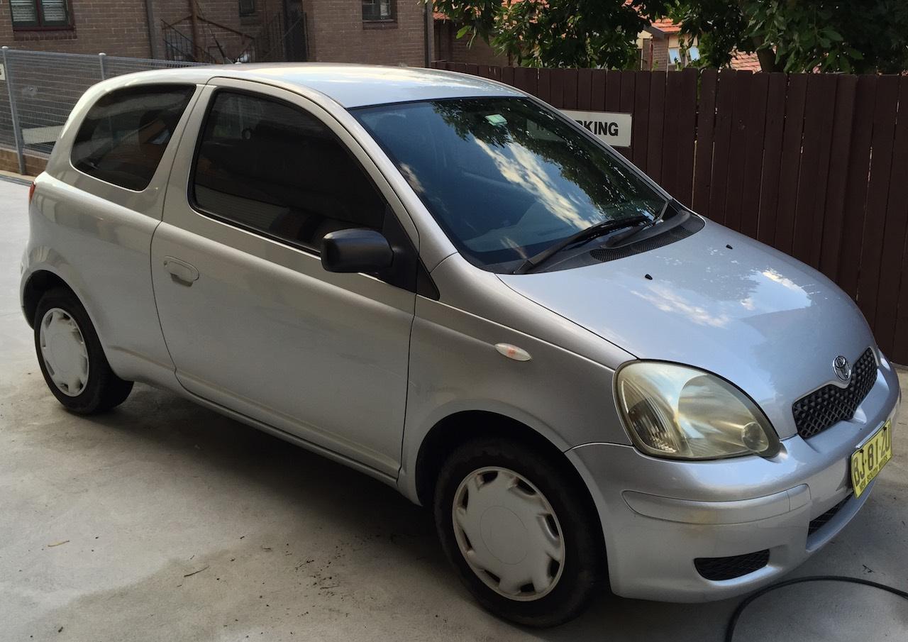 Picture of Nicolas' 2003 Toyota Echo