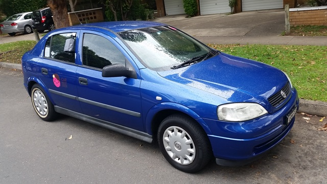 Picture of Jeraldine's 2004 Holden Astra