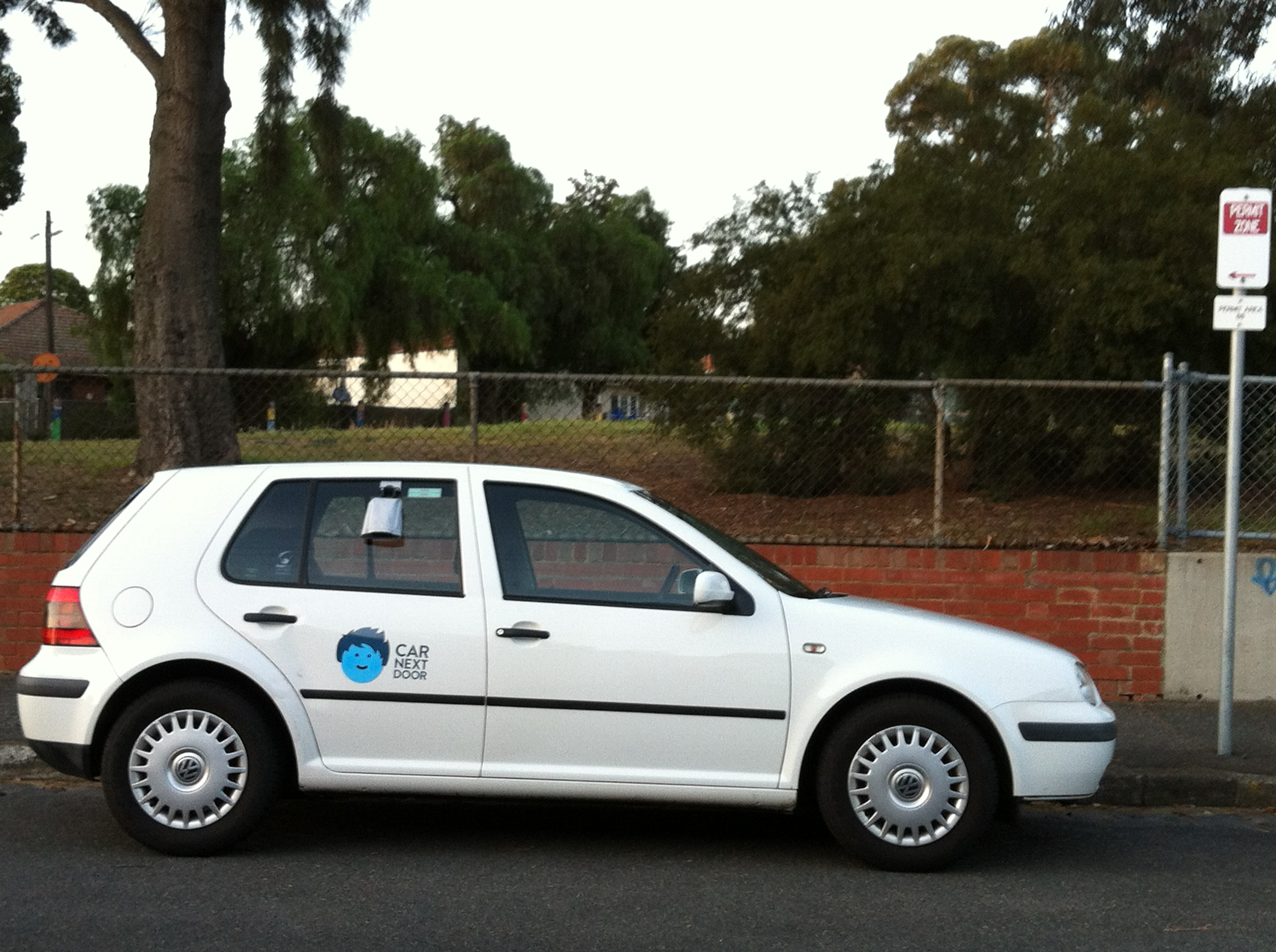 Picture of Damian's 1998 Volkswagen Golf