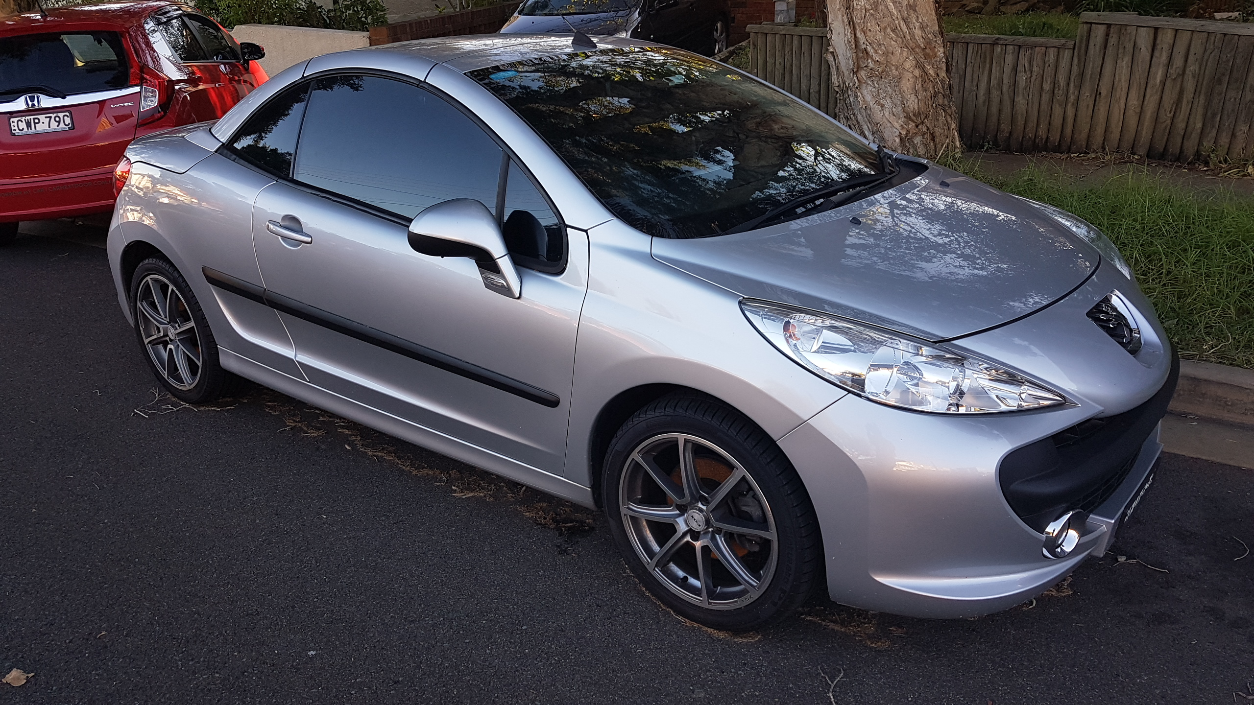 Picture of Peter's 2007 Peugeot 207 Convertible