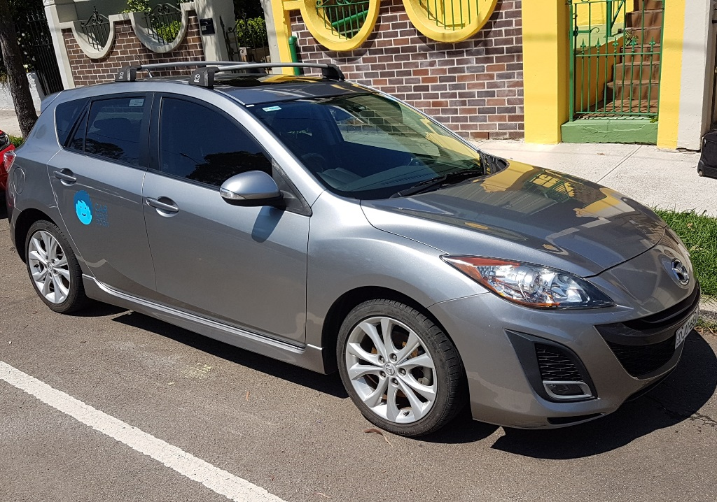 Picture of Derek's 2010 Mazda 3SP25