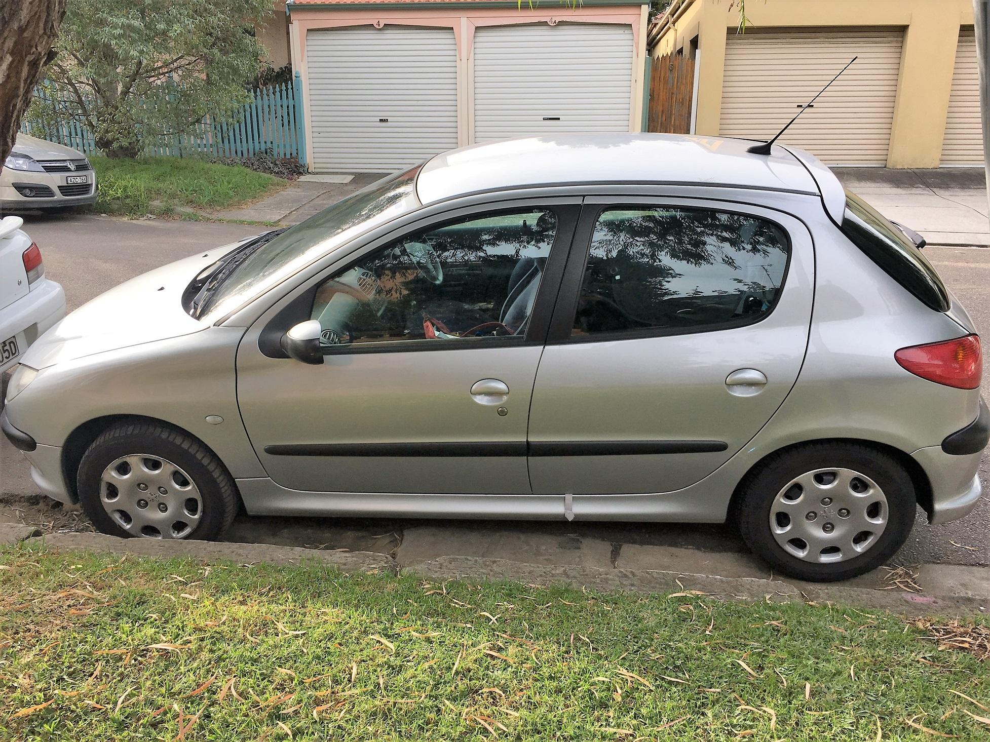 Picture of Natalia's 2005 Peugeot 206