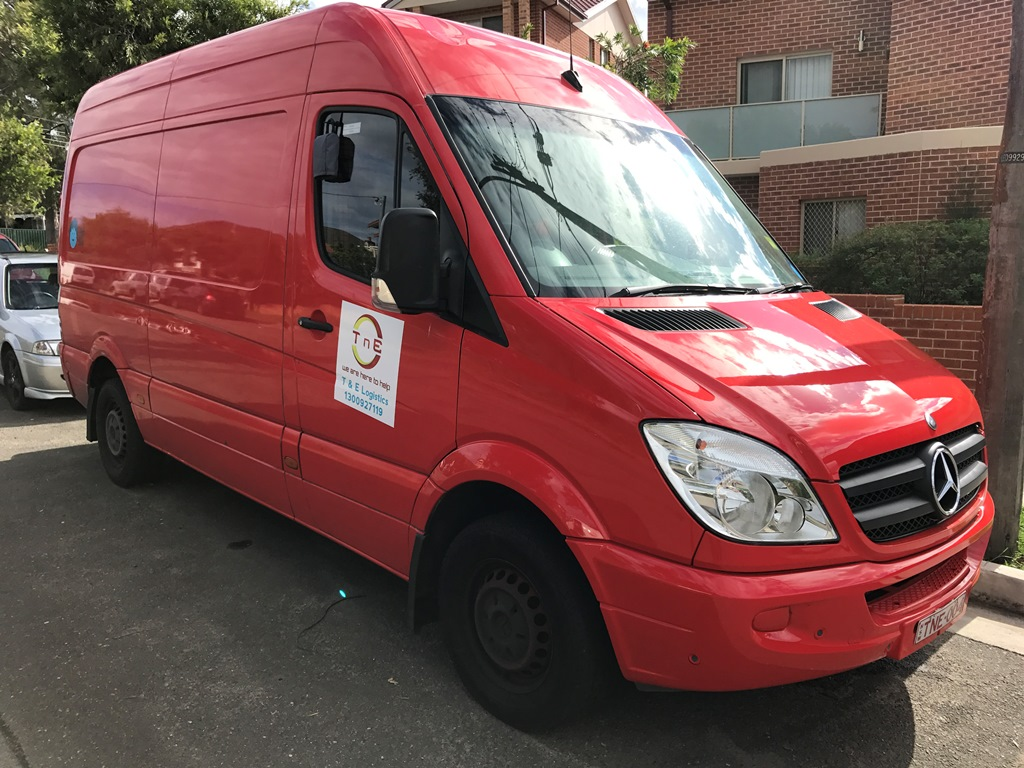 Picture of Yip's 2008 Mercedes Sprinter