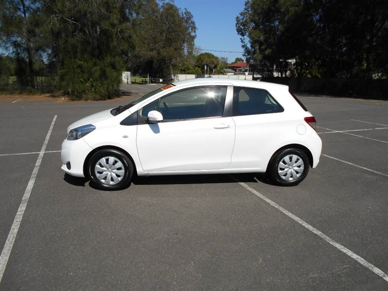 Picture of Junaid's 2012 Toyota Yaris
