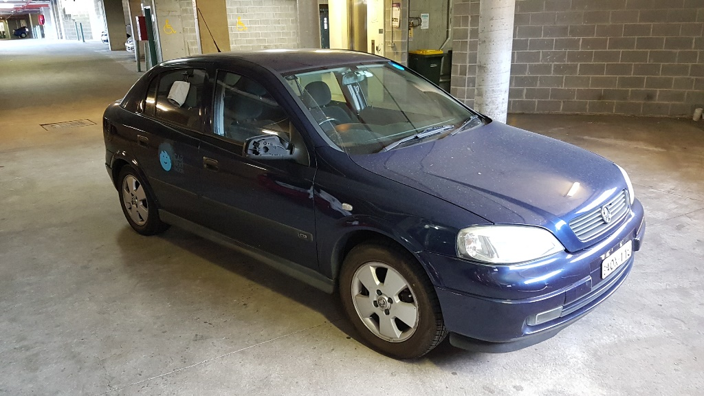 Picture of Lemonia's 2003 Holden Astra 1.8