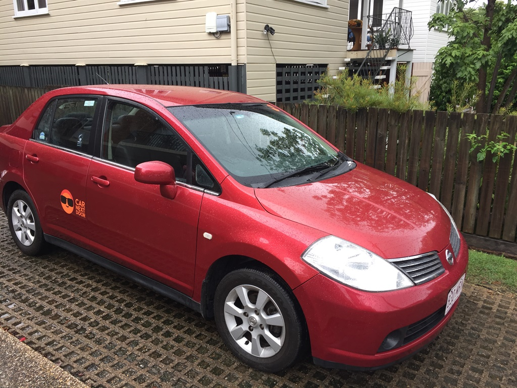 Picture of Linda's 2006 Nissan Tiida