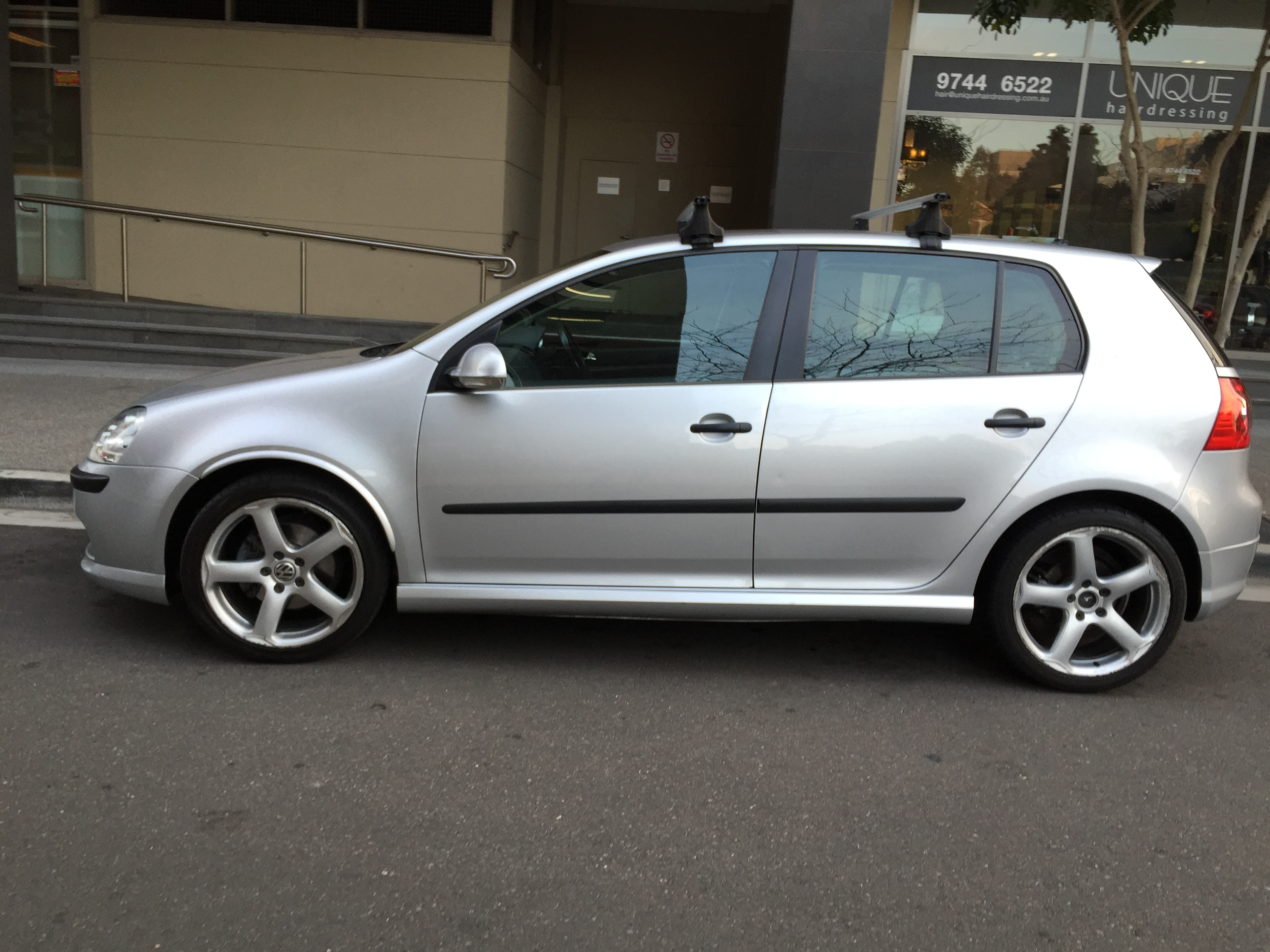 Picture of Joe's 2005 Volkswagen Golf