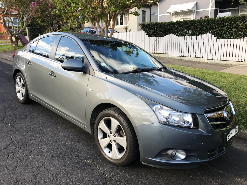 Picture of Elizabeth's 2011 Holden Cruze