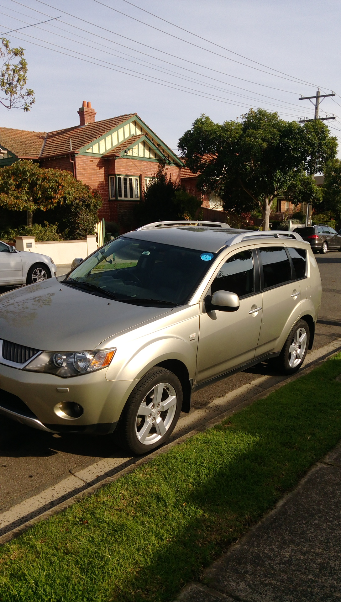 Picture of Javier's 2007 Mitsubishi Outlander