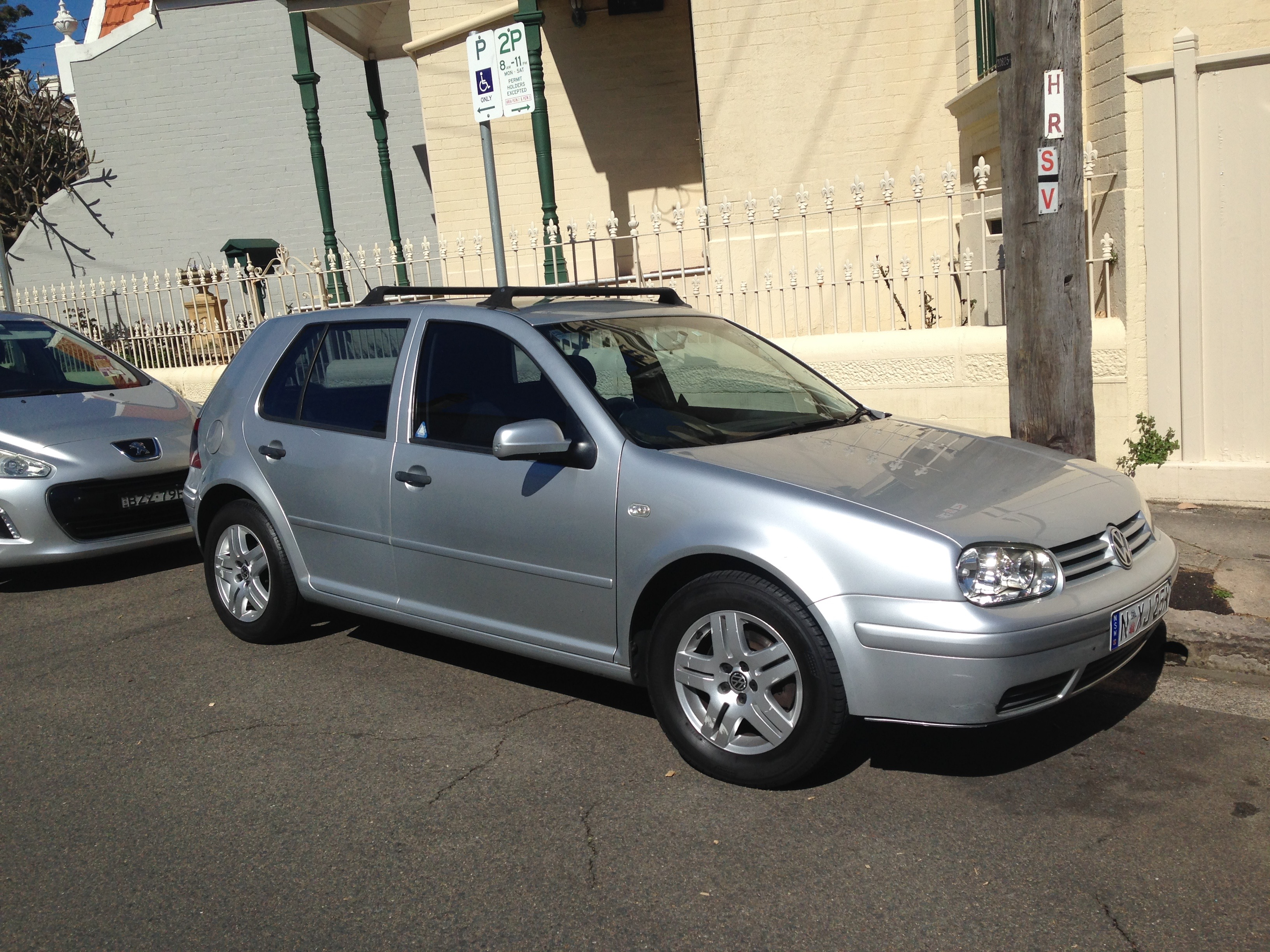 Picture of Dylan's 2003 Volkswagen Golf 2.0