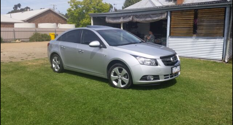 Picture of Travis' 2011 Holden Cruze