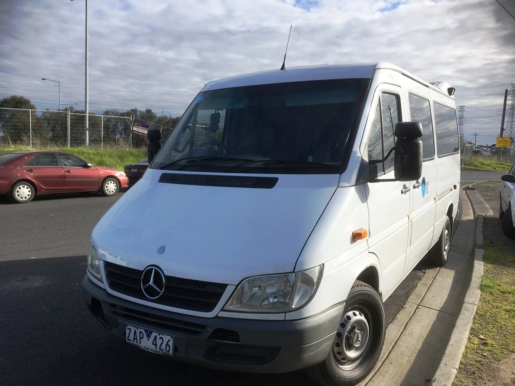Picture of Le's 2004 Mercedes Sprinter